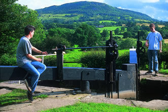 boating holidays on the canals and rivers of England, Scotland and Wales